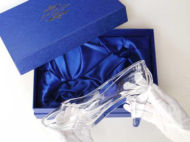 実写版シンデレラ ガラスの靴 伊勢丹